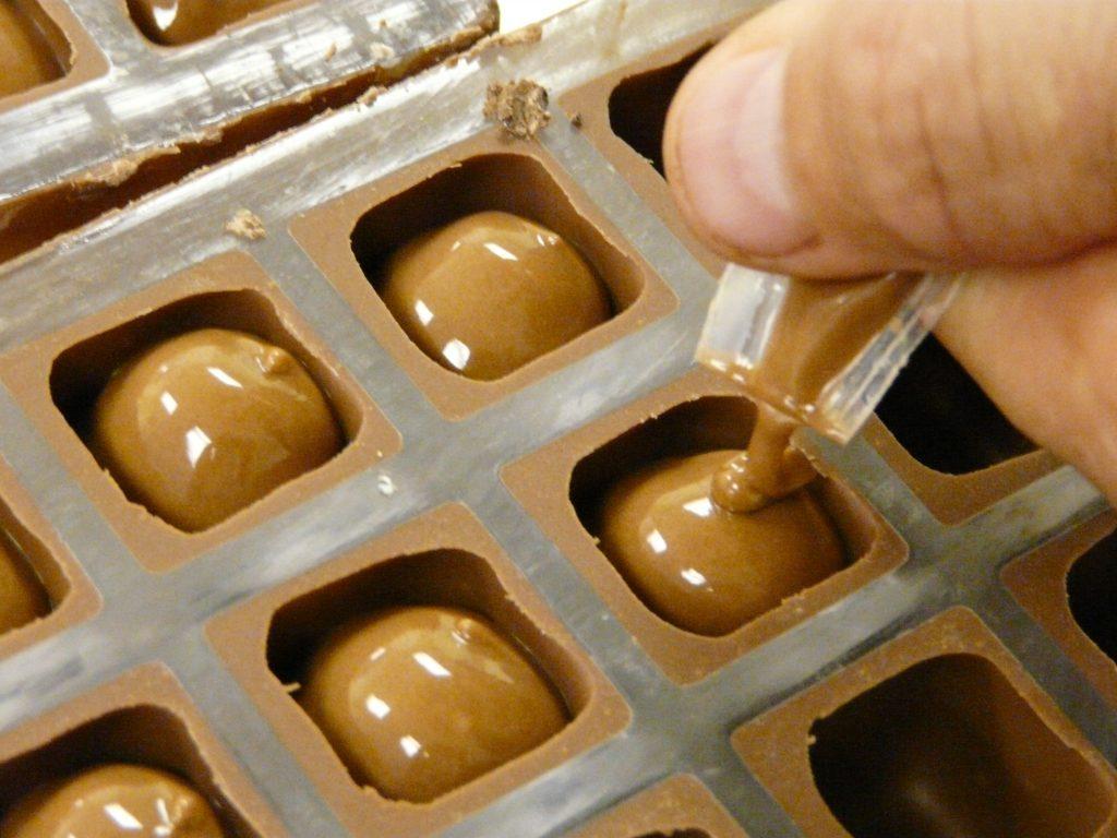 قوالب لصنع الشوكولاته020345