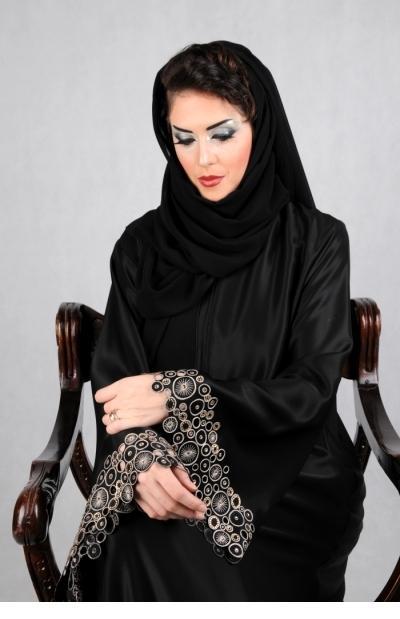 عبايات سوداء مصرية للمحجبات