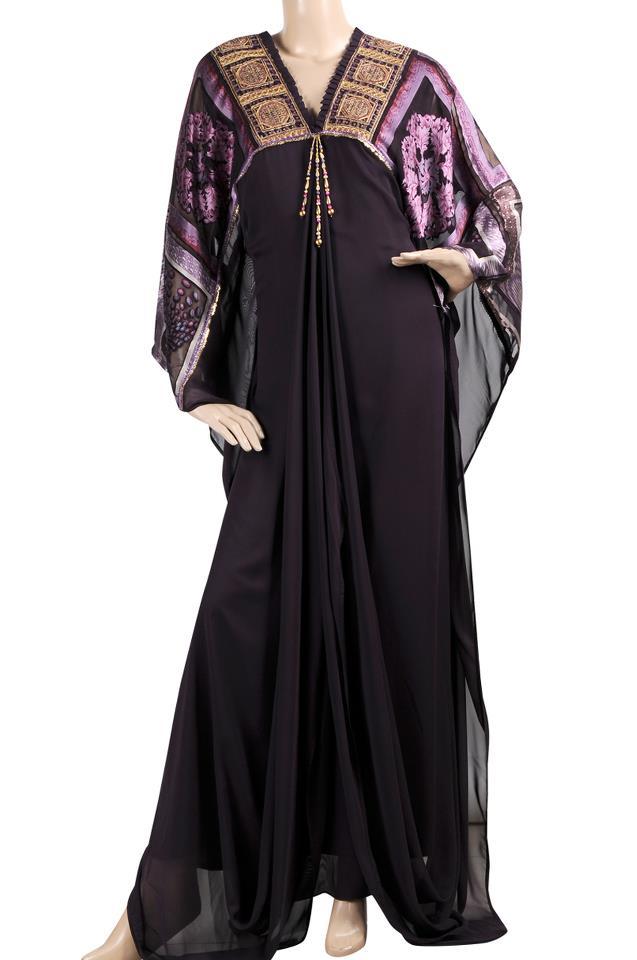 عبايات سوداء من الحرير