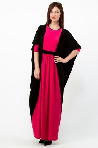 عبايات محجبات ملونة باللون الاحمر مع ملحفة خارجية سوداء