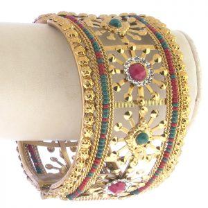 Diwali-Wear-Kundan-Bangles-4