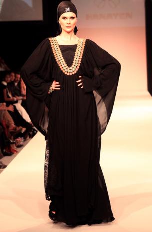 Hanaywww.vb.haeaty.comen-Abaya-Collection-Dubai-Fashion-Week-2010