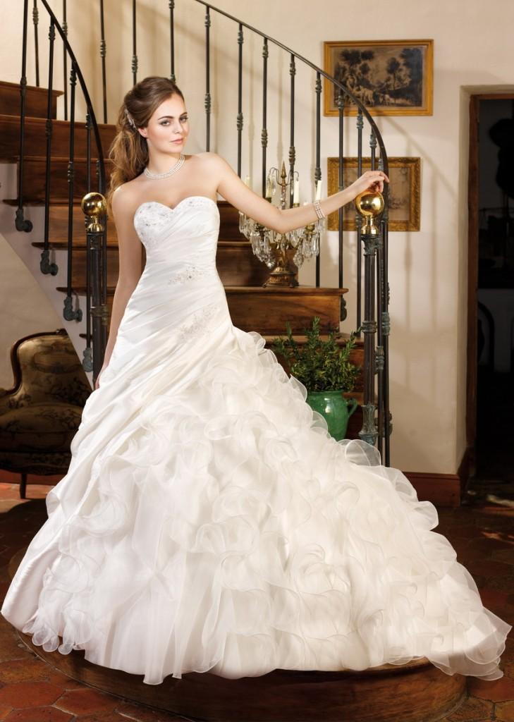 فساتين زفاف كرانيش جميلة 2017