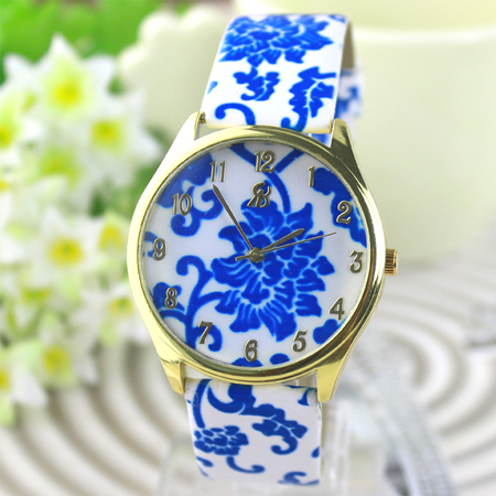 New-2014-Fashion-Women-leather-strap-watches-quartz-wristwatch-dress-www.fatakat-ar.comwatch-flower-design-smart-watch
