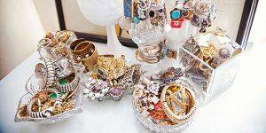 accessories-karla-curator-620-1363286852