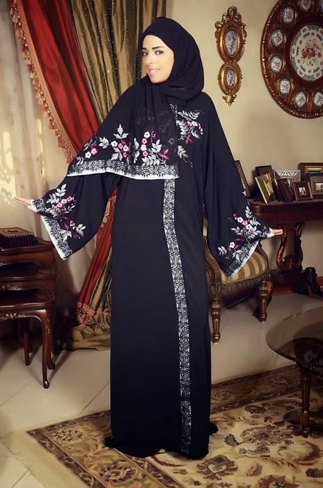 عبايات سعودية مطرزة وانيقة وجميلة