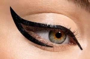 cat-eye-makeup-10