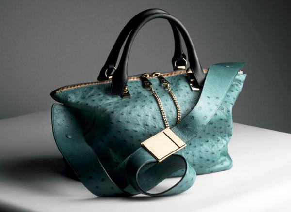 حقائب يدوية خضراء