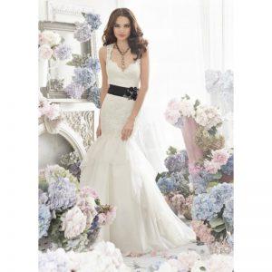 فساتين زفاف دانتيل ابيض للزفاف لعام 2015
