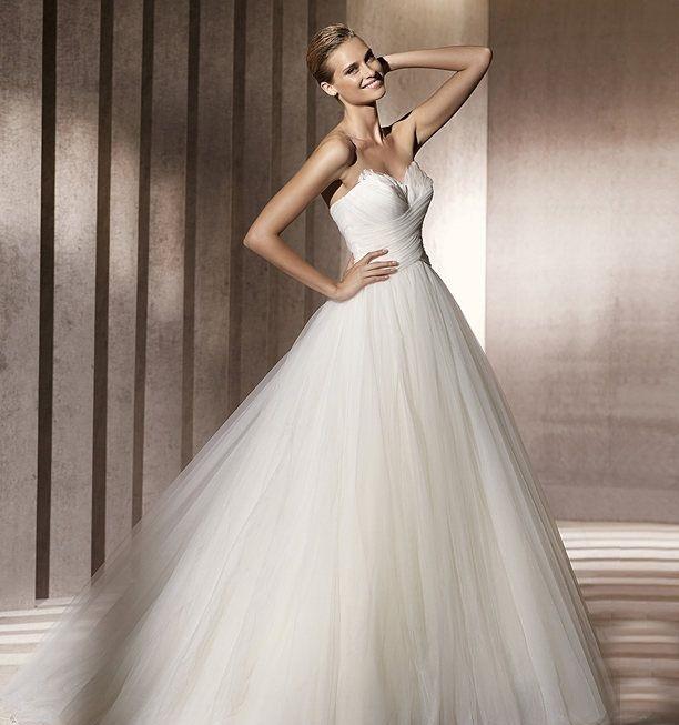 اجمل فساتين زفاف منفوشة موضة 2015