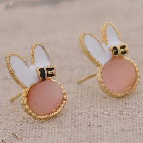 lovely-resin-rabbit-shape-cute-stud-earrings-for-girls