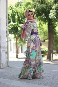 مجموعة رائعه من الفساتين الملونة والمشجرة للمحجبات للحفلات الصيفية سنة 2015