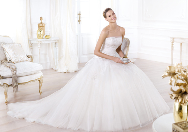 pré-collection-2014-pronovias-robe-marieewww.fatakat-ar.com-wedding-dress-mariusandco-13