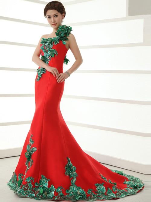 اجمل فساتين زفاف باللون الاحمر 2015