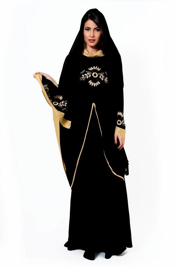 عبايات من دبي مطرزة وبسيطة بالصور