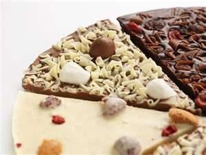 بيتزا الشوكولاته البيضاء بالصور معجنات رمضانية جديدة 2015