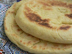 طريقة عمل الخبز الجزائري معجنات رمضانية شهية بالصور 2015