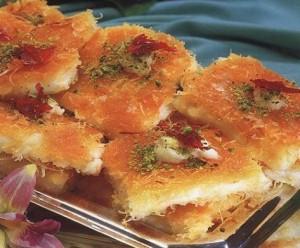 www.fatakat-ar.com عثميلة بالقشطة حلويات رمضانية _11