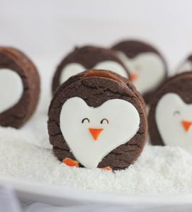 كب كيك البطريق بالشوكولاته