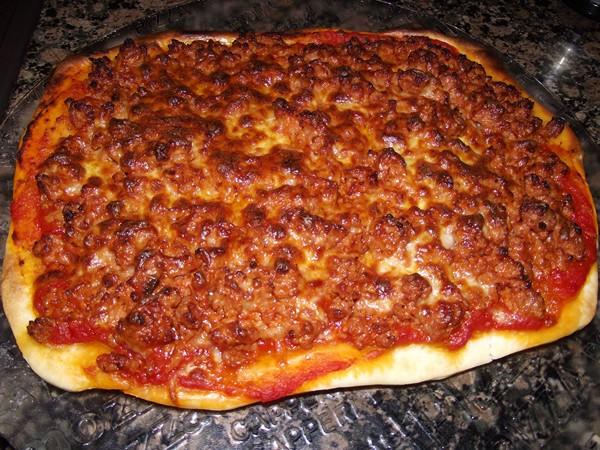 بيتزا اللحم المفرومة بالصور فتكات
