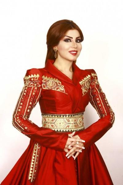 فستان احمر حليمة بولند 2015