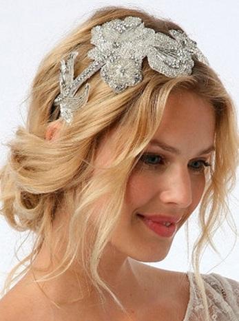 تسريحة شعر للعرائس مرفوعة واصحاب الشعر القصير