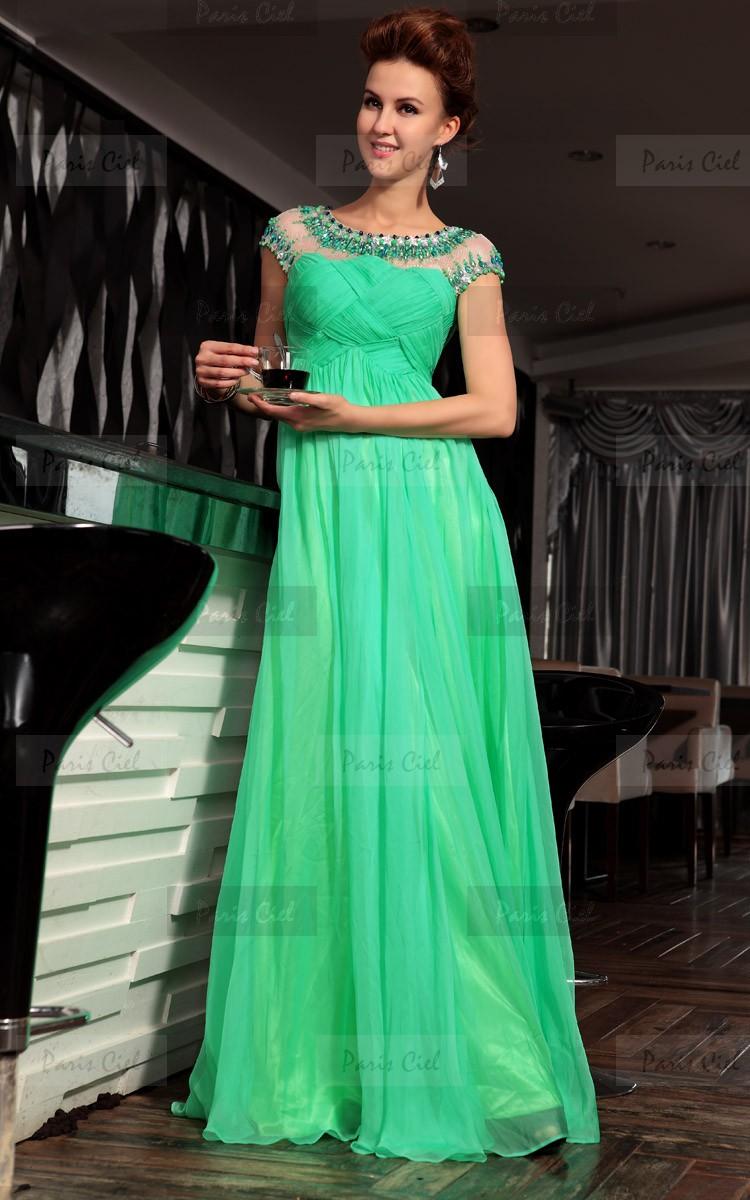 فساتين جميلة خضراء طويلة لعام 2015