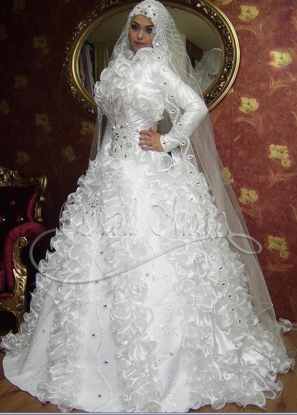 اجمل صيحات فساتين زفاف موضة 2015