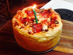 www.fatakat-ar.compizza_cake_01_jef_140620_4x3_992