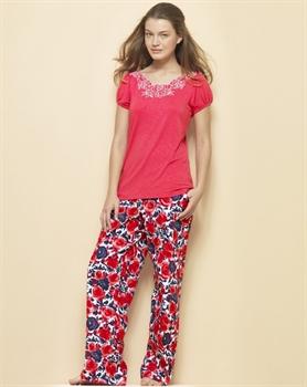 www.fatakat-ar.comsonbahar-kış-pijama-modelleri-60
