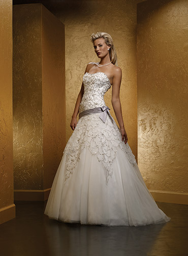 اجمل تصميمات فساتين زفاف كب موضة 2015