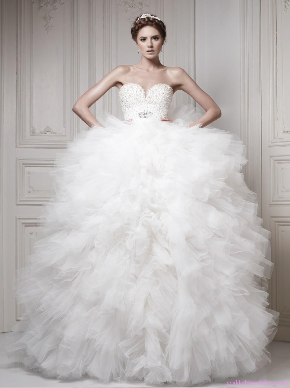 اروع تشكيلة فساتين زفاف منفوشة 2015